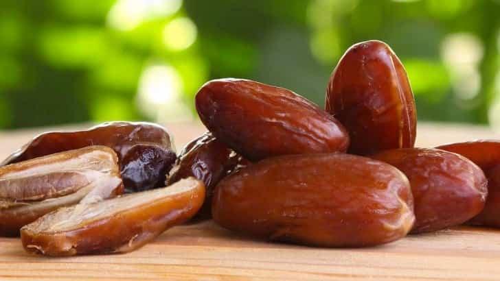 Datteri per la prevenzione di ictus, colesterolo alto e pressione