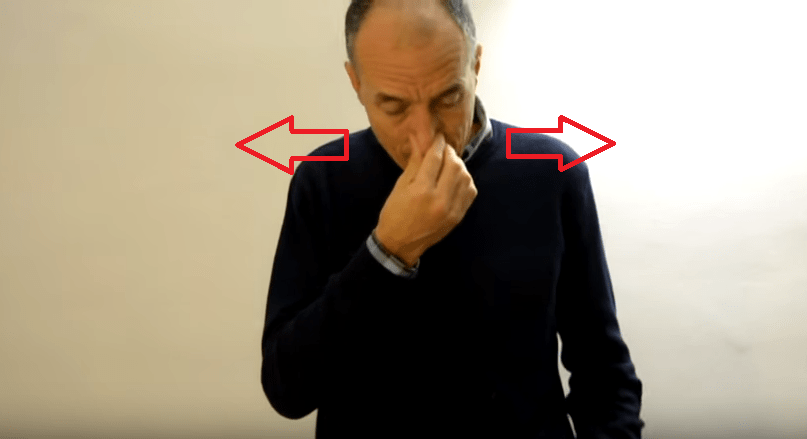 Raffreddore. Metodo buteyco: l' esercizio per liberare il naso chiuso