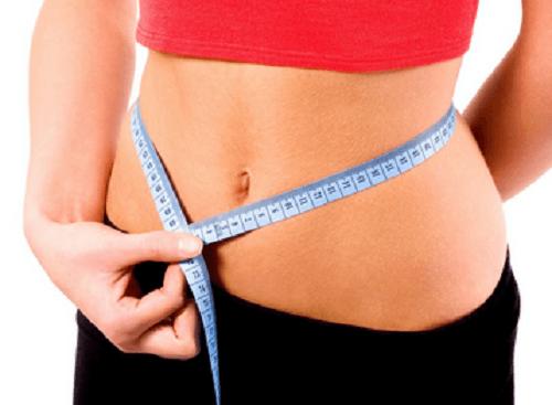 bere acqua calda aiuta a perdere peso
