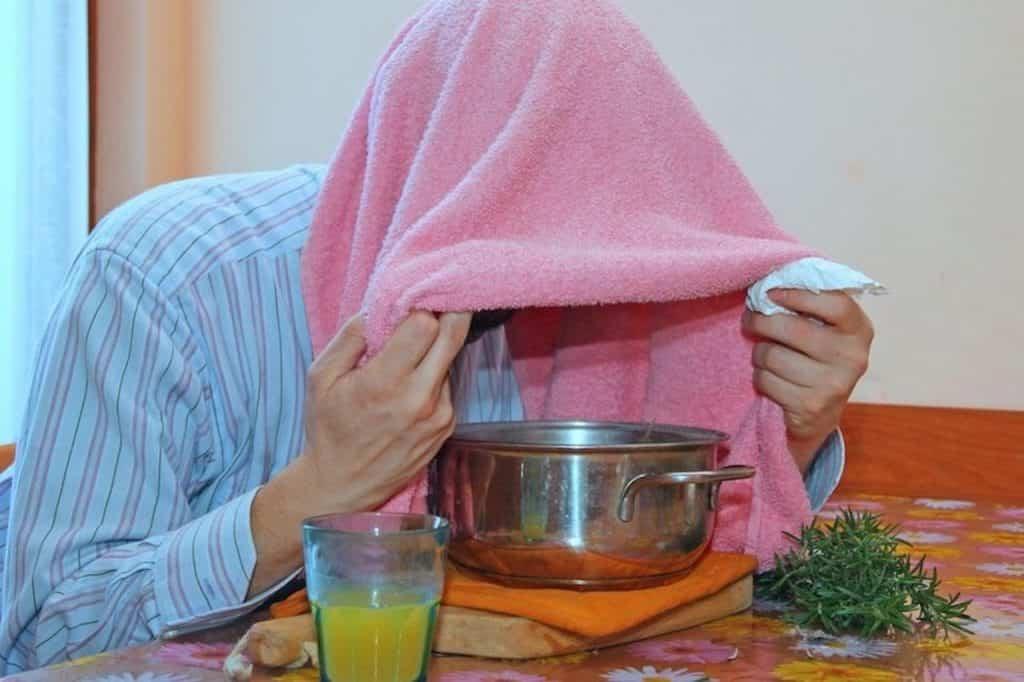 Eliminare muco e catarro suffumigi timo e rosmarino