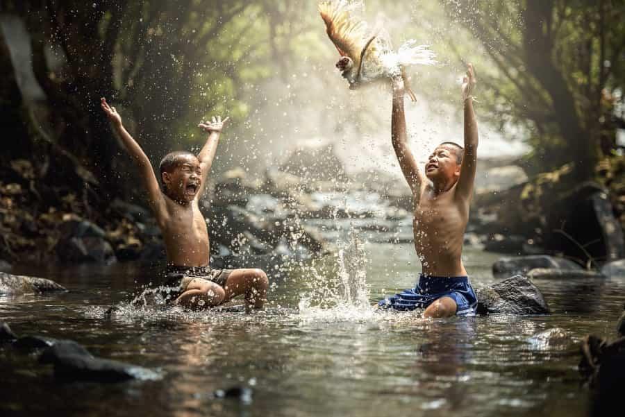 I bambini felici sono indisciplinati, irrequieti e rumorosi