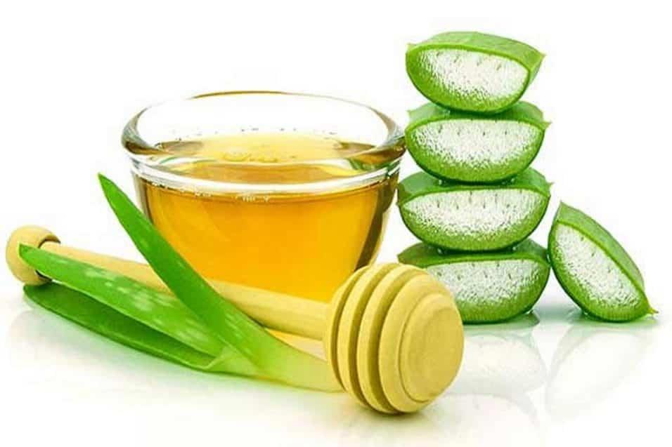 Olio di aloe vera benefici per viso pelle e capelli