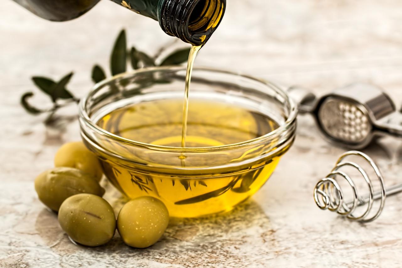 Come fare per riconoscere un olio extravergine di qualità