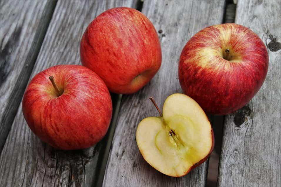 mela, benefici, proprietà e controindicazioni