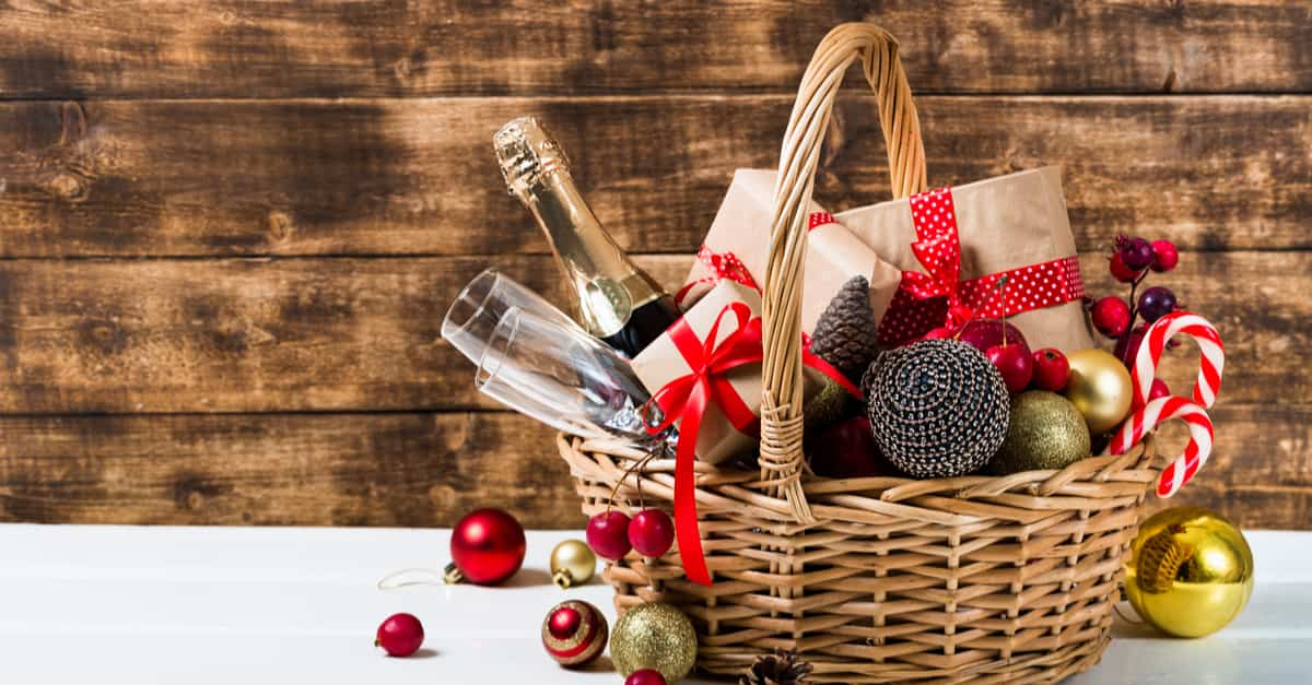 Cesti Natalizi fai da te: cosa mettere nei cestini di Natale