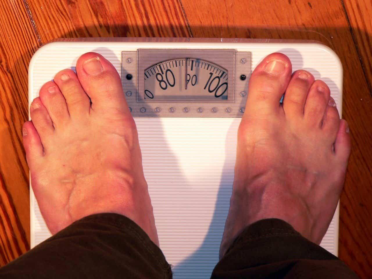 Quanto dovrei pesare in base all'altezza? Calcolo del peso ideale