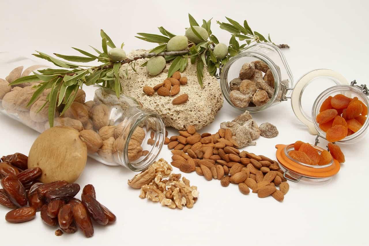frutta secca per abbassare il colesterolo