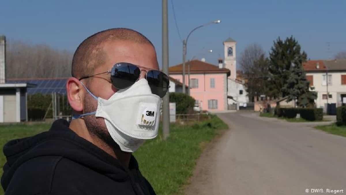 Non tutte le mascherine proteggono dal Coronavirus. Ecco quali utilizzare