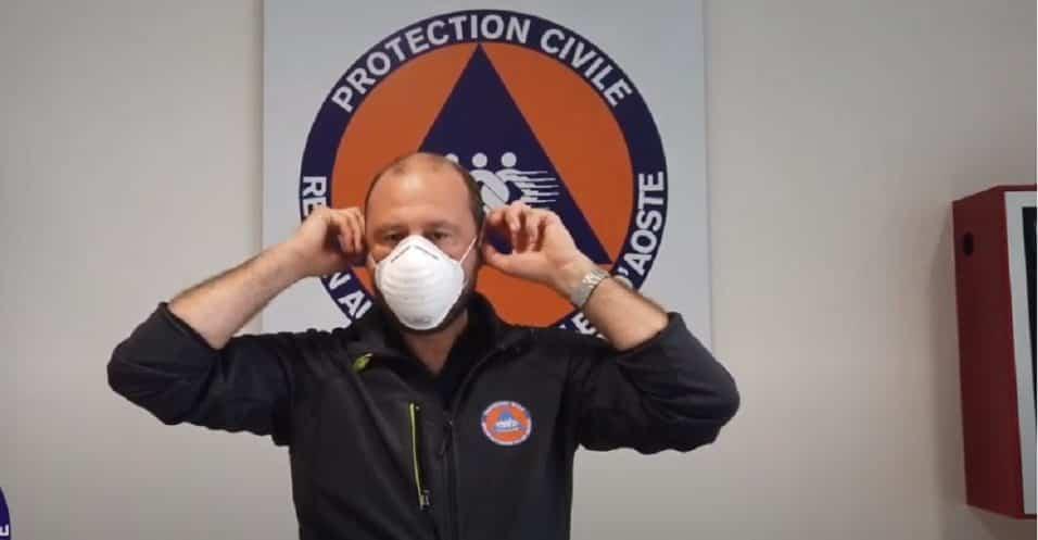 indossare la mascherina