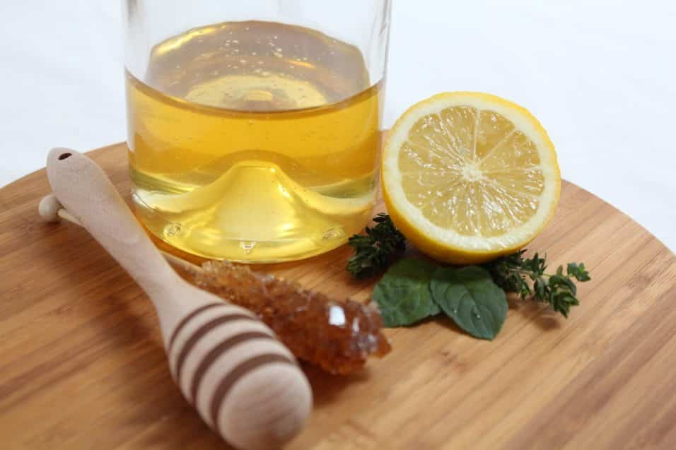 miele contro tosse e mal di gola