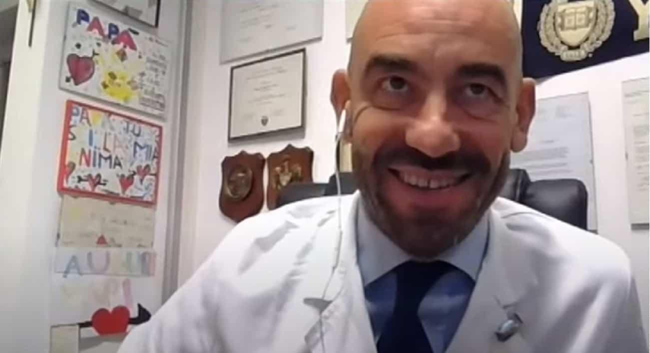 """L'infettivologo Bassetti: """"le buone notizie sul covid non vengono date. Eccone una da condividere"""""""